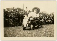 Pedal Car and First Straw Hat, 1938 (Alan Mays) Tags: old cars boys portraits vintage children toys 1930s clothing photos antique 1938 wheels hats ephemera clothes photographs snapshots artdeco pedals streamlined autos automobiles fenders streamline toycars windshields foundphotos artmoderne pedalcars strawhats streamlinemoderne
