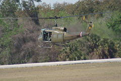 Bell_UH-1H_Iroquis_Huey_Swoops_in_05_TICO_13March2010 (Valder137) Tags: bell aviation airshow huey tico iroquis uh1h