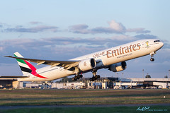 A6-EGL B777-31H/ER Emirates (kw2p) Tags: scotland unitedkingdom emirates boeing paisley takeoff glasgowairport egpf b77731her egpfgla a6egl