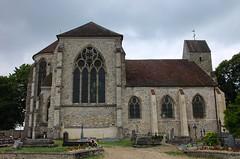 Eglise Saint-Martin de Doue (DavidB1977) Tags: france saintmartin fuji iledefrance glise cimetire x10 seineetmarne doue