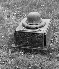 Grabstätte Chr.  Heinemann (wpt1967) Tags: graveyard wwi dortmund 1weltkrieg südwestfriedhof diewaffennieder eos1100d wpt1967