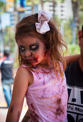 Comic-Con San Diego (MissMae) Tags: street photography child sandiego cosplay zombie comiccon 2014 sandiegocomiccon