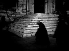 A leur réveil, il fesait nuit. (P. Correia) Tags: istanbul 2008 istambul pcorreia nedimgürsel pentaxoptiol30 lederniertramway