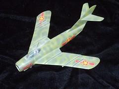 Mikoyan-Gurevich MiG-17F Fresco (Sentinel28a1) Tags: fresco mig17 mikoyangurevich vietnamesepeoplesairforce nguyenvanbay