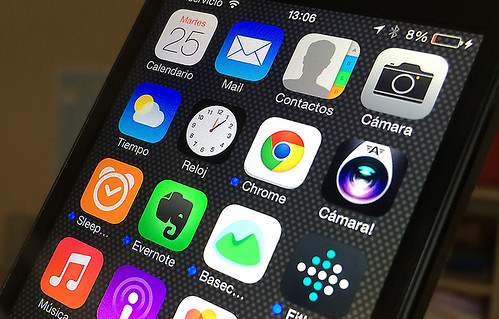 Apps iOS / iPhone by microsiervos, on Flickr