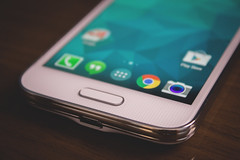 Galaxy S5 mini bottom by andsleonardo, on Flickr