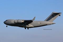Eindhoven EIN/EHEH 2014 : Australian C-17A A41-210 (Yolan104) Tags: canon eindhoven raaf ein 2014 eheh c17a globemasteriii eos70d a41210