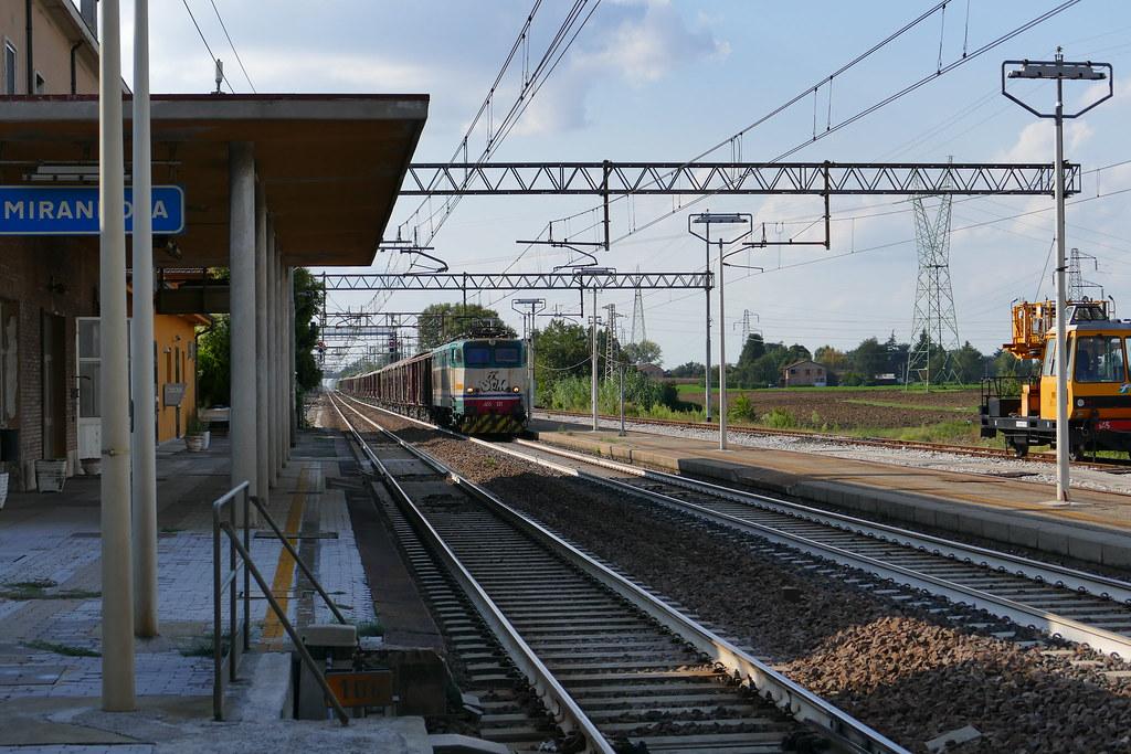 The Worlds Best Photos Of Mirandola And Railway