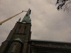 Hagakyrkan, Gteborg (blondinrikard) Tags: tower church gteborg crane churchtower kyrka hagakyrkan lyftkran kyrktorn