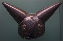 Iron Age bronze helmet c150 BC, British Museum (Pitheadgear) Tags: london galleries museums britishmuseum ironage helmet warfare headwear bronze artefacts objects