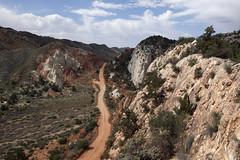 The Narrows in Cottonwood Canyon (Jeff Mitton) Tags: thenarrows cottonwoodcanyon grandstaircaseoftheescalantenationalmonument utah canyon landscape redrockcountrycolorado plateau earthnaturelife wondersofnature