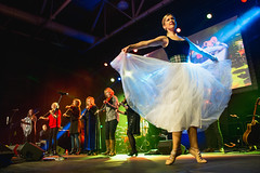 Sabra MacGillivray (with The String Sisters) – Sensational Sisters – 10/9/15 (photo: Corey Katz)