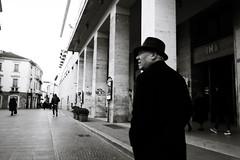Vintage (Simone.Marengo) Tags: vintage street people bnw bianco nero black white italy urban hat old walk