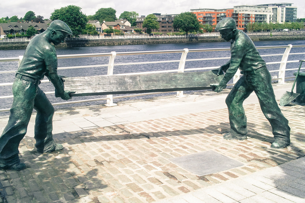 PUBLIC ART IN LIMERICK PHOTOGRAPHED USING AN ORIGINAL SIGMA DP2