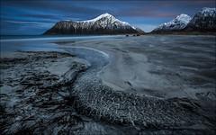 [ ... moonlight ] (D-P Photography) Tags: mountain beach norway night canon stars nightscape landscpae lofoten flakstad northernnorway flakstadoy skagsanden dpphotography