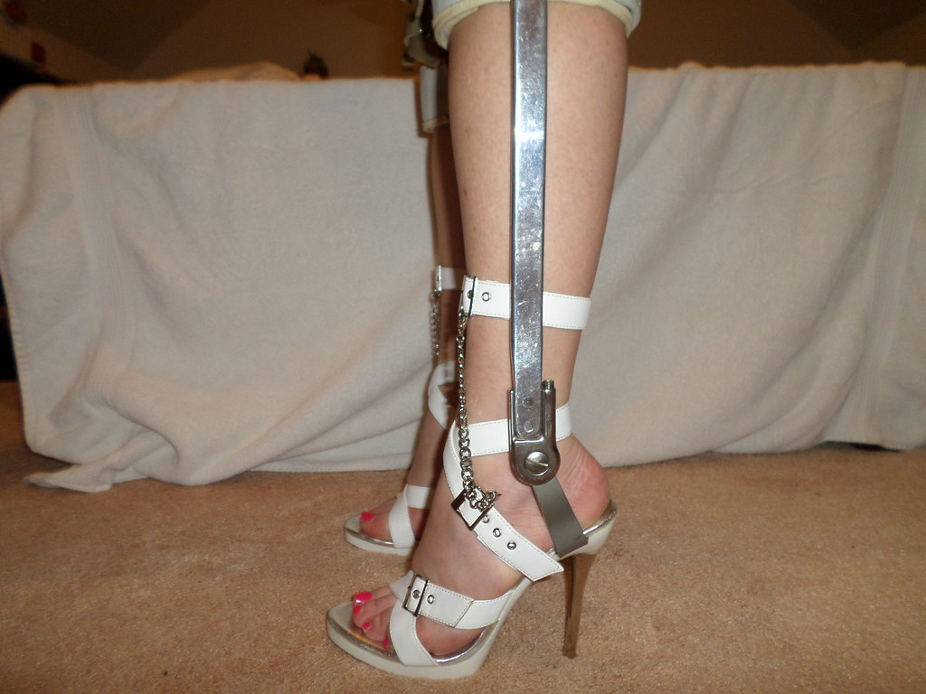 Fetish leg high heel movies