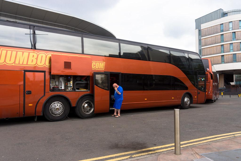 HELLO - MY BIG ORANGE BUS IS BROKEN
