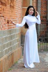DSC_6174 (Danh Nguyen (Henry)) Tags: portrait white aodai beautygirl vietnamesegirl vietnamesetraditionaldress