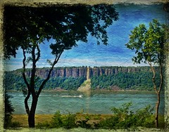Clear day on the Hudson (mary.fennell) Tags: trees summer river scenic peaceful cliffs hudson palisades hastingsonhudson