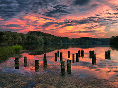 Campbell County Dreams (Bill Fultz) Tags: sunset lake reflection reflections colorful kentucky northernkentucky kentuckysunset ajjollypark campbellcountykentucky campbellcountypark