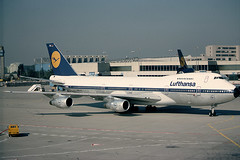 Lufthansa Boeing 747-230B D-ABYK (c/n 21221) Sold to Atlas Air in 1995 for freighter conversion. (Manfred Saitz) Tags: frankfurt boeing lufthansa 747 fra 742 rheinmain eddf b742 dabyk