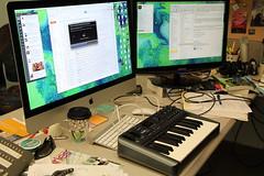 M-Audio Oxygen 25 MIDI Keyboard Controller (David Lee King) Tags: music public keyboard library kansas topeka midi controller publiclibrary medialab maudio digitalmedialab topekashawneecountypubliclibrary topekapubliclibrary makerspace oxygen25