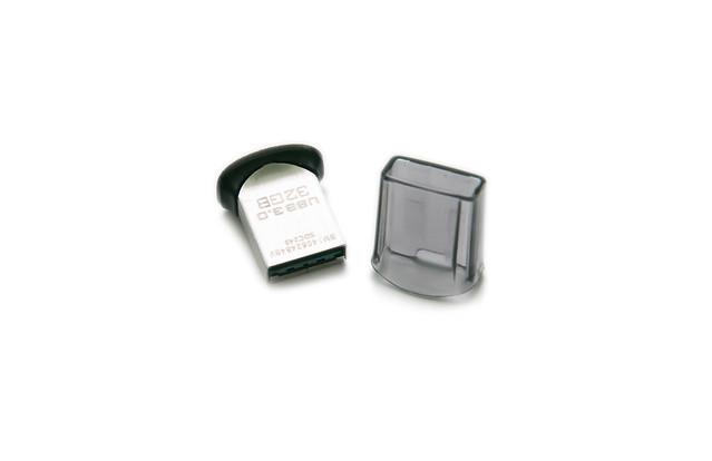 最小的隨身碟!小黑豆改版!Sandisk Ultra Fit 32GB/16GB 隨身碟測試分享 @3C 達人廖阿輝