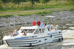 cruising Voltava (Gveronis) Tags: river boat prague relaxing cruising dragonboats concur voltava