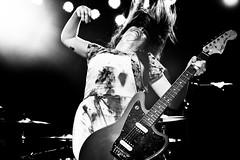 teri suarez - le butcherettes (Michael_Booth) Tags: leica blackandwhite rock female losangeles concert livemusic singer monochrom alternative theroxy lebutcherettes terigenderbender leicamonochrom leicaaposummicronmf250mmasph terrisuarez