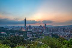 IMG_4649-50 (JIMI_lin) Tags: sunset 101 taipei 信義區 觀音山 大冒險 虎山峰