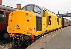 97301 Swanwick Jn 13/09/14 (andyk37) Tags: swanwick networkrail class37 class97 97301 midlandrailwaybutterley