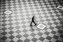 Checkers #2 (BoXed_FisH) Tags: sony1635mmvariotessartfef4zaoss sonyzeiss1635f4oss architecture sel1635z singapore sony sonya7 sonyzeiss southeastasia wide wideangle sg blackandwhite bw mono monotone zeiss1635 person vignette