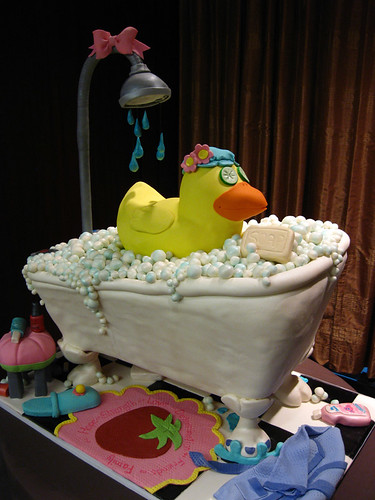 Rubber Duck Tub cake med