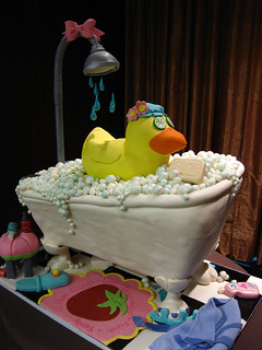 Rubber Duck Tub cake med