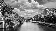 Mittelkanal (mahohn) Tags: bw reflection water monochrome deutschland wasser hamburg kanal 169 mittelkanal fujix10