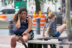 NY Manh 306 (Pancho S) Tags: people newyork america children américa gente manhattan unitedstatesofamerica niños personas upskirt nuevayork estadosunidosdeamérica