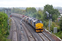 37259 + 37602 6K21 12:50 Millerhill S.S. - Inverness T.C.; Stirling; 30-08-2014 (graeme8665) Tags: stirling engineers directrailservices