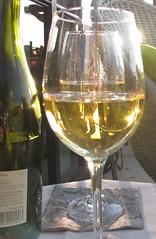 white wine (Dan_DC) Tags: sun white glass healthy glare wine health lensflare license editorial fon dazzling salut royaltyfree healthful refinement controlledsubstances flatfee
