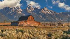 Mormon Row (Fil.ippo) Tags: travel usa house 35mm nationalpark 04 05 mormon wyoming viaggi grandteton filippo mormonrow d5000 antelopeflatsroad flickrbronzetrophygroup filippobianchi