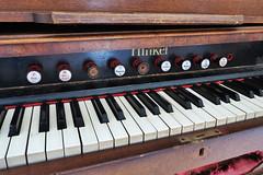 Hinkel. Padova, Patronato della Sacra Famiglia (Ivan Furlanis) Tags: harmonium reed organ armonium armonio
