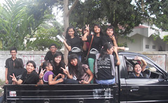 VLUU L200  / Samsung L200 (Youth for a United World) Tags: indonesia uww 2013