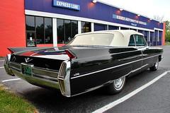 1964 Cadillac De Ville (robtm2010) Tags: auto usa car burlington canon automobile gm vermont newengland cadillac vehicle deville 1964 t3i generalmotors worldcars converitible