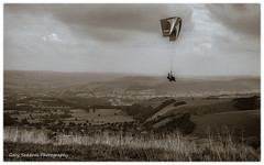 Paragliding Two (happymillerman) Tags: landscape derbyshire hills views paragliding mamtor