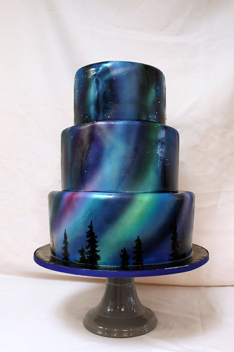 Northern Lights airbrushed cake