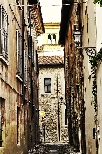 "Traversa di Via Musei • <a style=""font-size:0.8em;"" href=""http://www.flickr.com/photos/121308622@N02/15302459066/"" target=""_blank"">View on Flickr</a>"