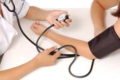 Pressão alta: O que é e porque ela é tão importante para você (raisdata) Tags: ataquecardíaco avc bigdata hipertensão pressãoalta pressãoarterial pressãobaixa pressãosanguínea rais raisdata saúdemedicmedicaldoctorpatientwomanwomenhandhandsgirlyounggirlsobservecheckcheckingobservingobservedvisitvisitingmeasuremeasuringtestbloodpressuremonitorhealthhealthylifestylehealthcarehealthcaresportsportsfitnesstesting