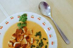 Sopa de tomate (Alejandro Vaccarili) Tags: tomato sopa tomate comida food cuchara plato soup