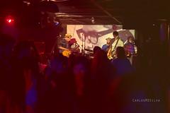 Inkilina Sazabra+Capitão Américo_0286 (CarlosMDSilva) Tags: music love rock metal concert punk guitar lisbon live stage band dramatic best indie fantasma