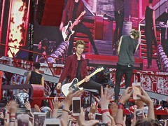 5 Seconds of Summer at Wembley Stadium 7th June 2014 (kneecoalrodgers) Tags: london one stadium direction wembley wembleystadium onedirection 5secondsofsummer wherewearetour
