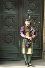Scotland - Edinburgh (Verino77) Tags: uk2014 scotland edinburgh verino77 bagpipe player vero villa veronica verino verovilla77 canon rebelxs